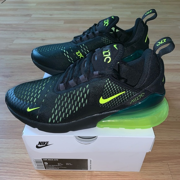 huge selection of 23164 88ae0 New Nike AirMax 270 Black Volt Mens 10 Running NWT